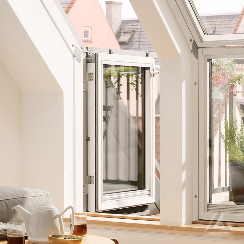 velux dachbalkon t r veb rechts angeschlagen im dachgewerk online shop. Black Bedroom Furniture Sets. Home Design Ideas