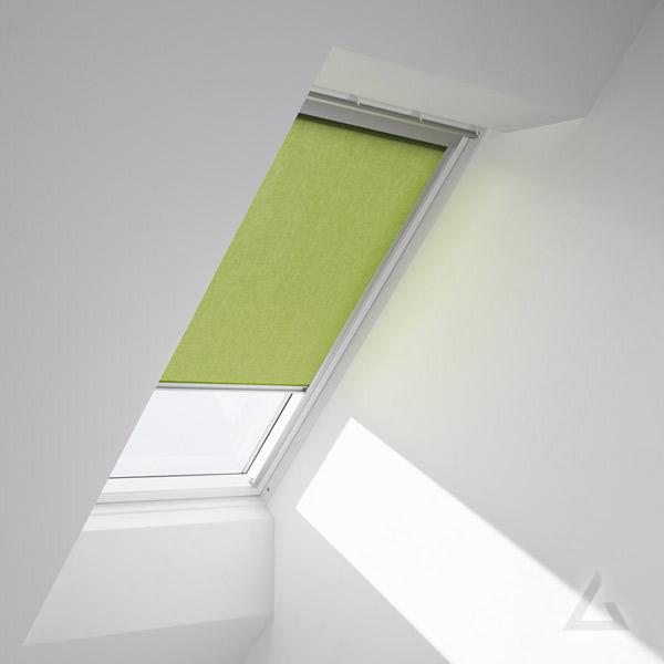 Velux sichtschutz rollos im dachgewerk dachfenster shop - Velux dachfenster elektrisch nachrusten ...
