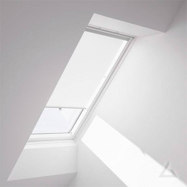 sichtschutz dachfenster top lichtblick skylight x cm b with sichtschutz dachfenster awesome. Black Bedroom Furniture Sets. Home Design Ideas