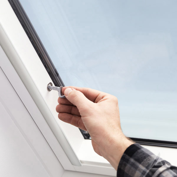 Sicherheits Schwingfenster 70Q